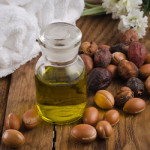 10 Moroccan Argan Oil Beauty Uses thumbnail